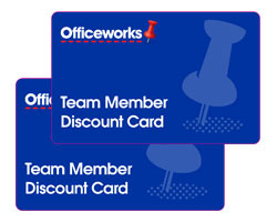Retiring associates and their eligible spouses should retain their current discount cards. No retiree-specific discount cards will be issued. Replacement discount cards can be obtained by calling sears to speak to a Sears Holdings HR Support Center customer service representative.