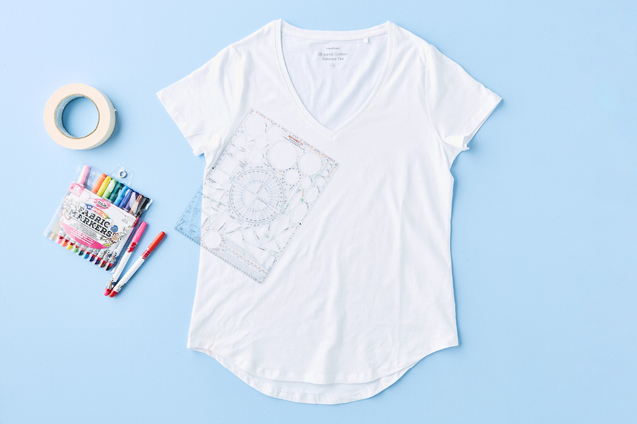 Markers and drawing templates are key to creating this cool T-shirt design
