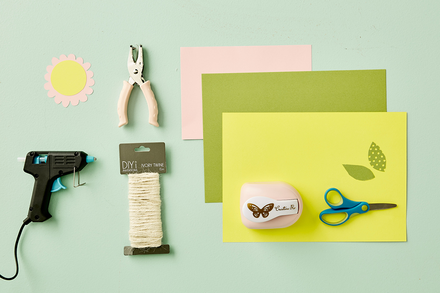 These DIY invitations for a baby shower are super sweet.