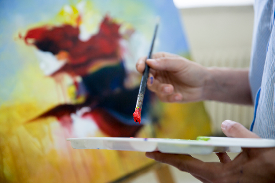 Art classes can benefit you by helping you unwind and destress
