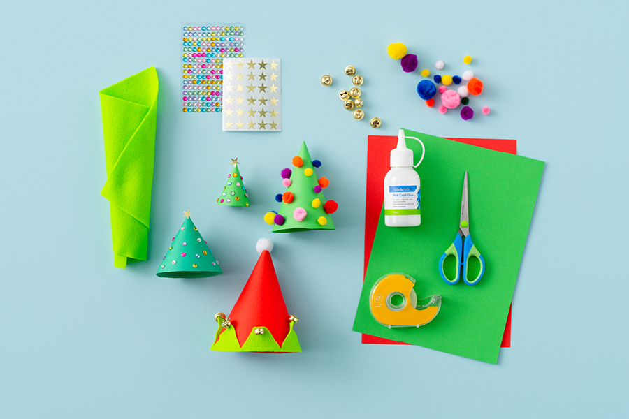 Easy and fun Christmas crafts for kids: DIY Christmas tree farm table centrepiece decoration