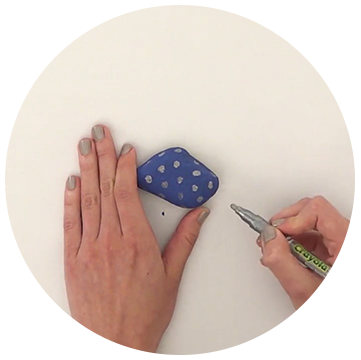 How to create a painted rock picture stand Step 2